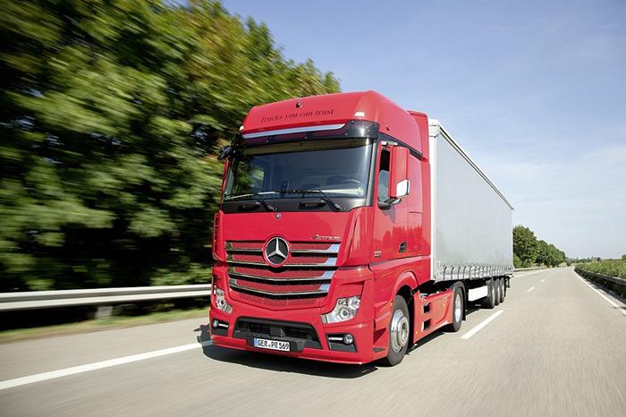 الشحن البري من الإمارات إلى السعودية