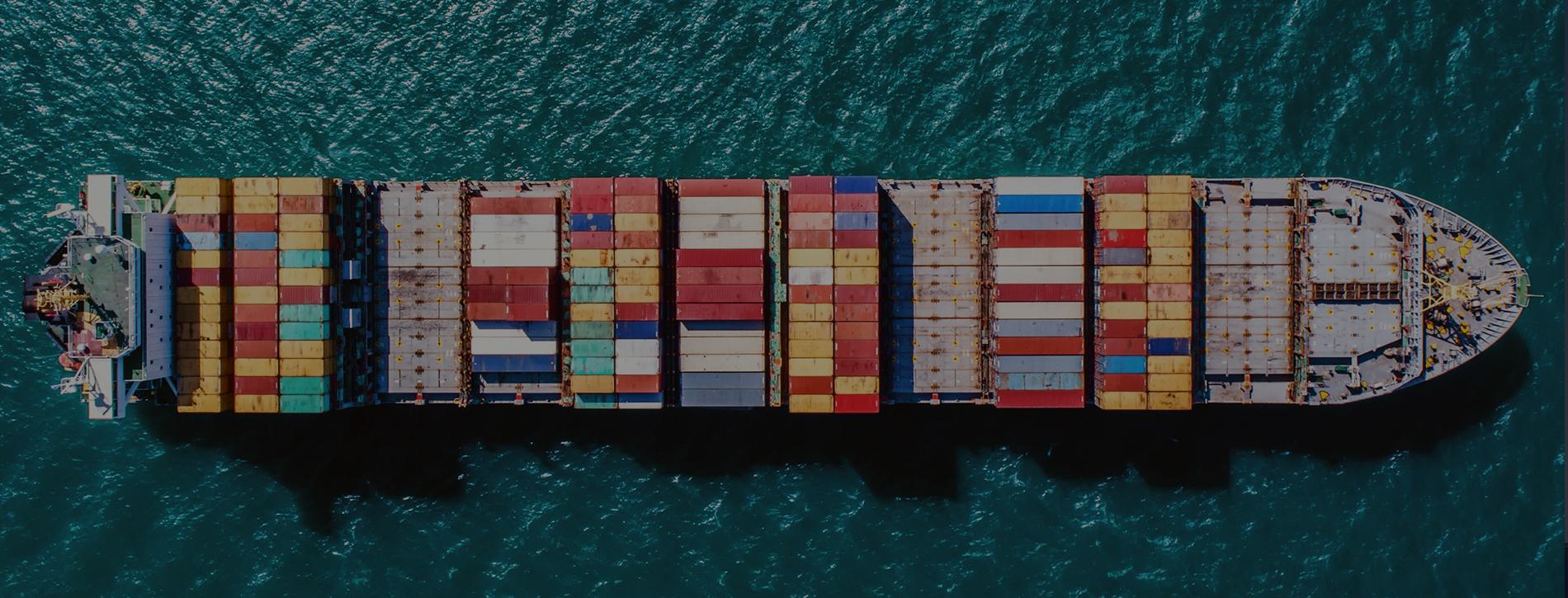 خدمات الشحن البحري من وإلى الإمارات العربية المتحدة
